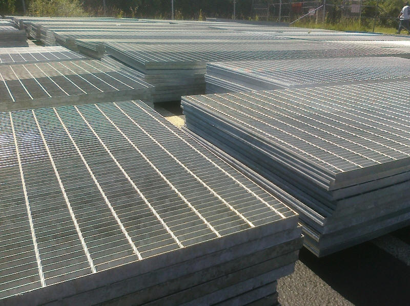 Used Heavy Duty Bar Grating In Stock
